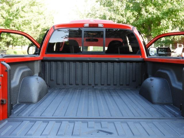 2000 Dodge Dakota SLT 4X4 V8 / CUSTOM BUMPER /  WINCH / LOW MILES !! - Photo 36 - Portland, OR 97217