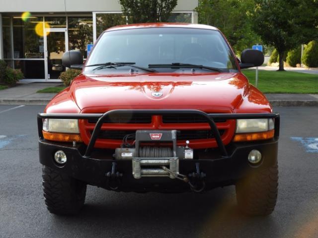2000 Dodge Dakota SLT 4X4 V8 / CUSTOM BUMPER /  WINCH / LOW MILES !! - Photo 5 - Portland, OR 97217
