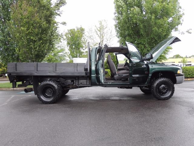 2001 Dodge Ram 3500 SLT Plus 4dr / 4X4 / 5.9L DIESEL/ 5-SPEED / DUALLY - Photo 24 - Portland, OR 97217