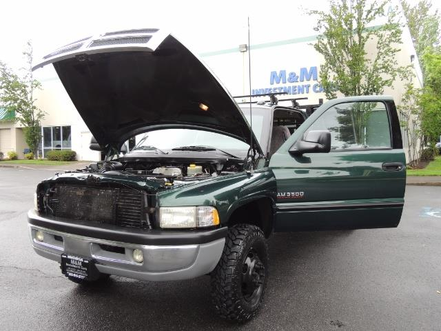 2001 Dodge Ram 3500 SLT Plus 4dr / 4X4 / 5.9L DIESEL/ 5-SPEED / DUALLY - Photo 25 - Portland, OR 97217