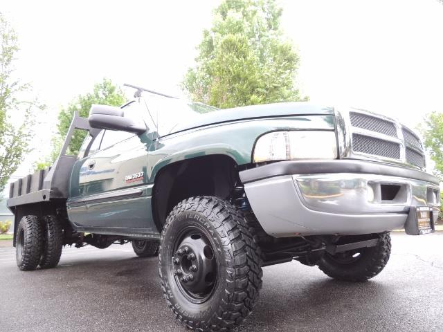 2001 Dodge Ram 3500 SLT Plus 4dr / 4X4 / 5.9L DIESEL/ 5-SPEED / DUALLY - Photo 10 - Portland, OR 97217