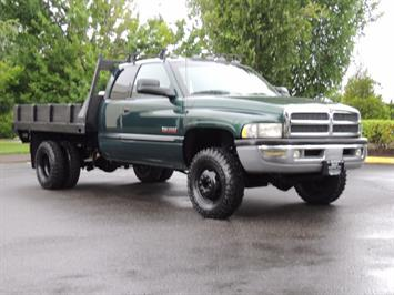 2001 Dodge Ram 3500 SLT Plus 4dr / 4X4 / 5.9L DIESEL/ 5-SPEED / DUALLY Truck