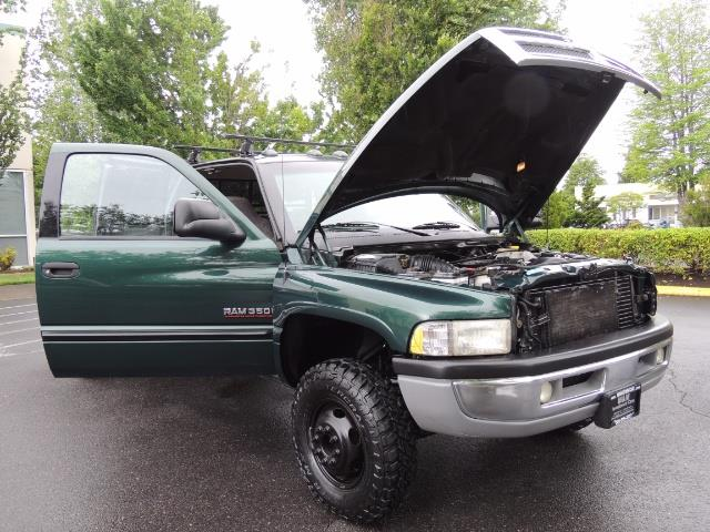 2001 Dodge Ram 3500 SLT Plus 4dr / 4X4 / 5.9L DIESEL/ 5-SPEED / DUALLY - Photo 30 - Portland, OR 97217