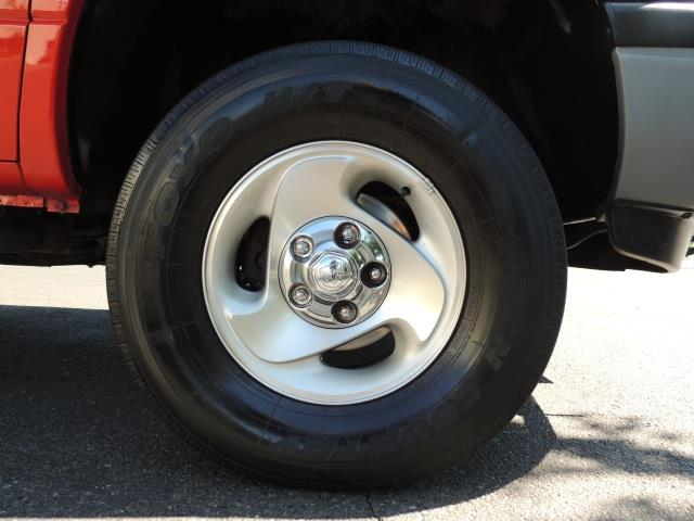 2001 Dodge Ram 1500 SLT 4dr 4WD 5.9L Gas 91,466 Miles - Photo 39 - Portland, OR 97217