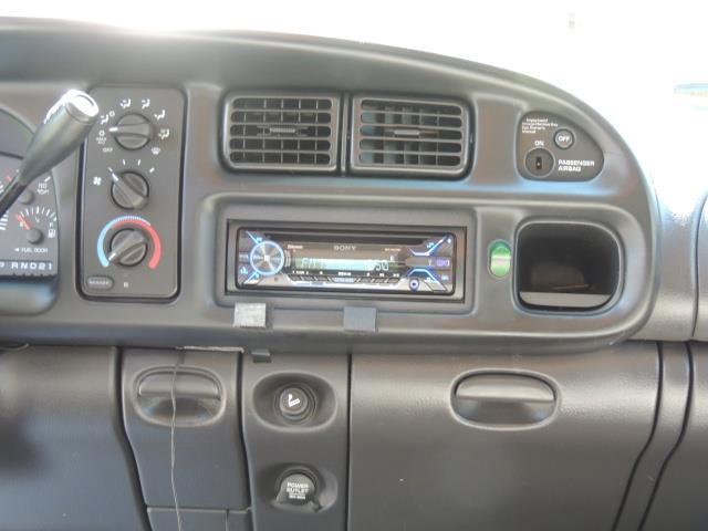 2001 Dodge Ram 1500 SLT 4dr 4WD 5.9L Gas 91,466 Miles - Photo 20 - Portland, OR 97217