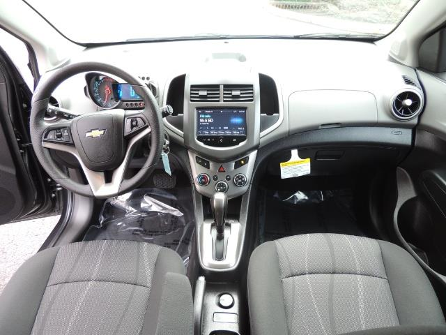 2016 Chevrolet Sonic LT Auto / 4-Door Hatch Back / 1-OWNER / 5000 MILES - Photo 19 - Portland, OR 97217
