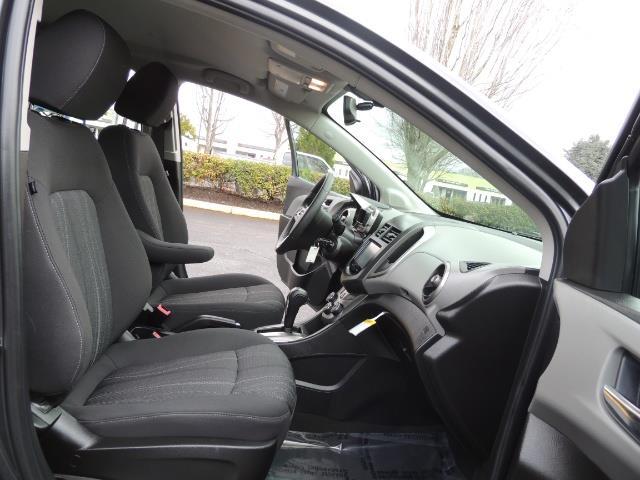 2016 Chevrolet Sonic LT Auto / 4-Door Hatch Back / 1-OWNER / 5000 MILES - Photo 17 - Portland, OR 97217