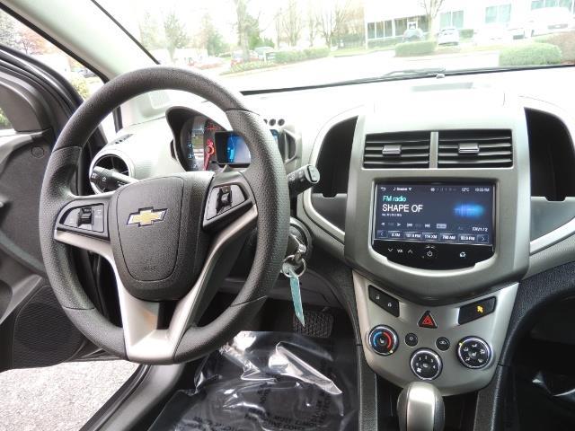 2016 Chevrolet Sonic LT Auto / 4-Door Hatch Back / 1-OWNER / 5000 MILES - Photo 20 - Portland, OR 97217