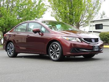 2015 Honda Civic EX / 4DR / Backup Cam / Sunroof / 1-Owner Sedan