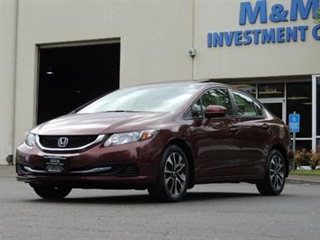 2015 Honda Civic EX / 4DR / Backup Cam / Sunroof / 1-Owner Sedan