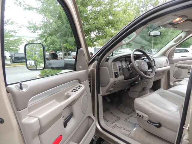 2004 Dodge Ram 3500 Laramie 1-TON 4X4 / 5.9 L CUMMINS DIESEL / LIFTED - Photo 13 - Portland, OR 97217