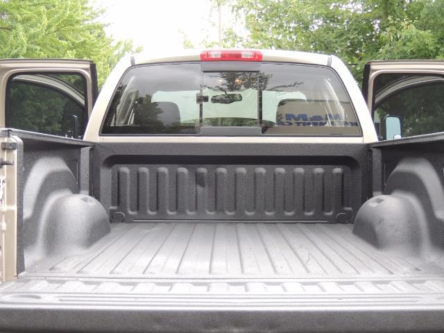 2004 Dodge Ram 3500 Laramie 1-TON 4X4 / 5.9 L CUMMINS DIESEL / LIFTED - Photo 21 - Portland, OR 97217