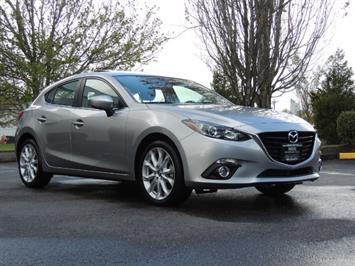 2015 Mazda Mazda3 s Touring / Hatchback / Navi /Backup / 6500 miles Hatchback