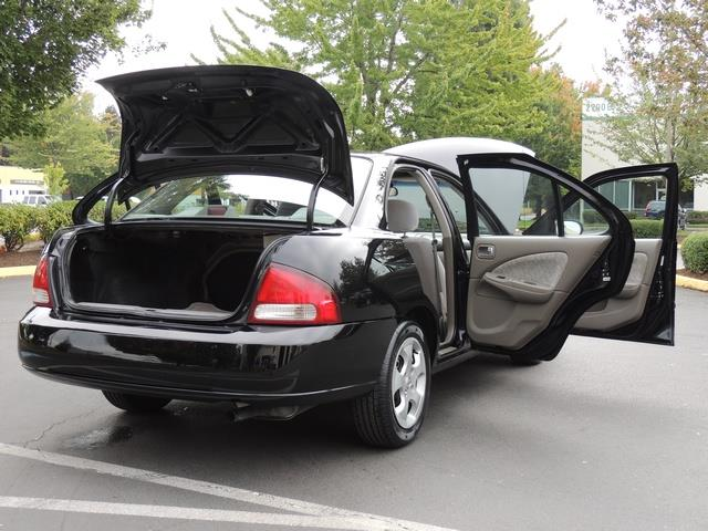2003 nissan sentra gxe 4dr 80 000 miles gas saver new. Black Bedroom Furniture Sets. Home Design Ideas
