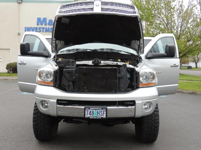 2006 Dodge Ram 2500 SLT / 4x4 / 5.9L Cummins Diesel / High Output - Photo 30 - Portland, OR 97217