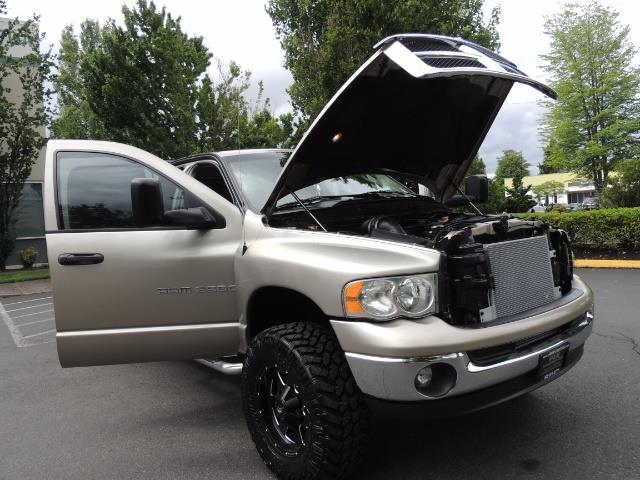 2004 Dodge Ram 2500 SLT 4dr / 4X4 / 5.9L DIESEL / 6-SPEED  / LIFTED - Photo 31 - Portland, OR 97217