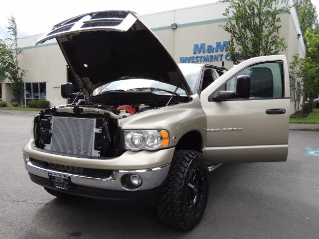 2004 Dodge Ram 2500 SLT 4dr / 4X4 / 5.9L DIESEL / 6-SPEED  / LIFTED - Photo 25 - Portland, OR 97217