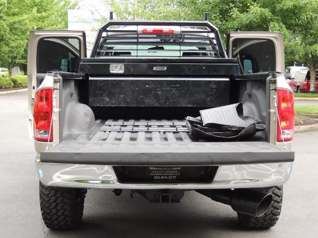 2004 Dodge Ram 2500 SLT 4dr / 4X4 / 5.9L DIESEL / 6-SPEED  / LIFTED - Photo 22 - Portland, OR 97217
