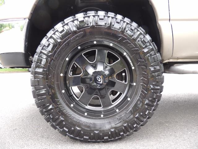 2004 Dodge Ram 2500 SLT 4dr / 4X4 / 5.9L DIESEL / 6-SPEED  / LIFTED - Photo 23 - Portland, OR 97217