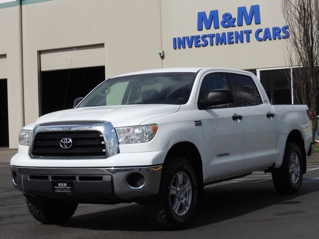 2007 toyota tundra sr5 crewmax 4x4 5 7l lifted 1 owner. Black Bedroom Furniture Sets. Home Design Ideas