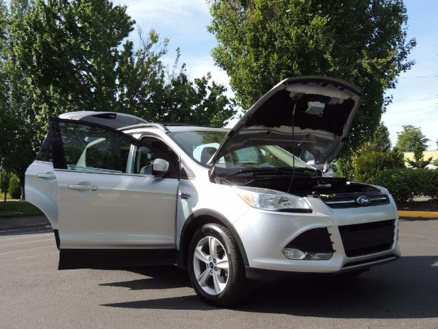 2014 Ford Escape SE / Sport Utility / AWD / Backup camera / 1-OWNER - Photo 31 - Portland, OR 97217