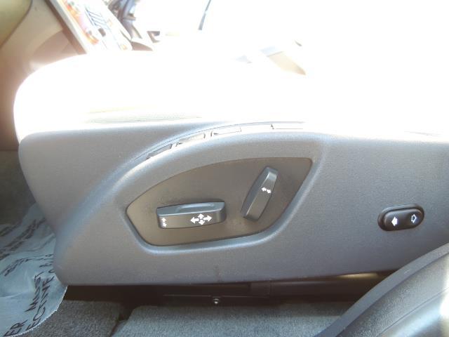 2017 Volvo XC60 T5 Inscription / AWD/ BLIS / Navi / Backup / Pano - Photo 36 - Portland, OR 97217