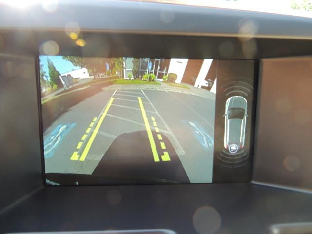 2017 Volvo XC60 T5 Inscription / AWD/ BLIS / Navi / Backup / Pano - Photo 20 - Portland, OR 97217