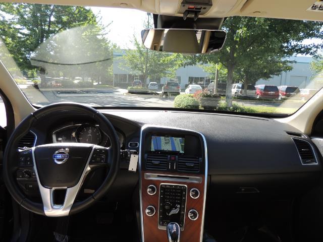 2017 Volvo XC60 T5 Inscription / AWD/ BLIS / Navi / Backup / Pano - Photo 37 - Portland, OR 97217