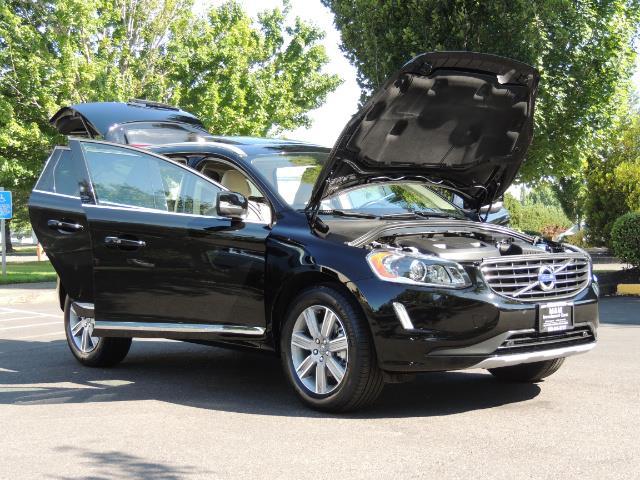 2017 Volvo XC60 T5 Inscription / AWD/ BLIS / Navi / Backup / Pano - Photo 31 - Portland, OR 97217