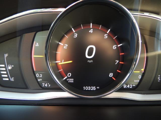 2017 Volvo XC60 T5 Inscription / AWD/ BLIS / Navi / Backup / Pano - Photo 42 - Portland, OR 97217