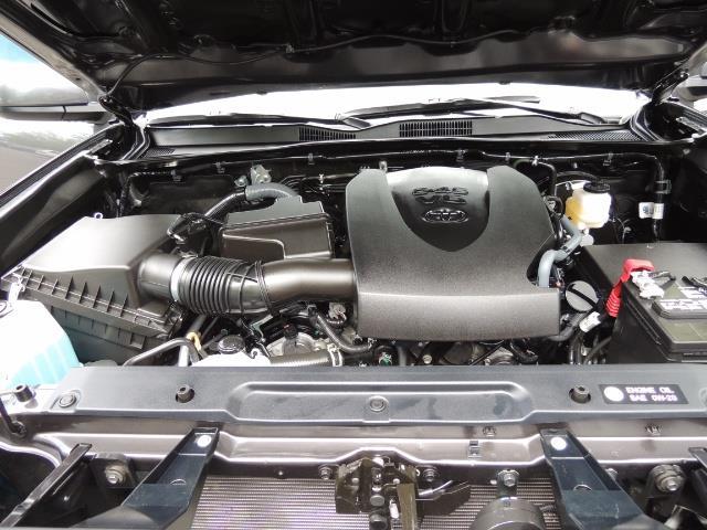 2017 Toyota Tacoma SR5 V6 / 4x4 / Double cab / Backup / LIFTED LIFTED - Photo 33 - Portland, OR 97217