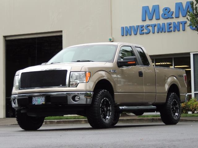 2012 Ford F-150 XLT / 4X4 / 3.7L V6 / LIFTED LIFTED - Photo 1 - Portland, OR 97217