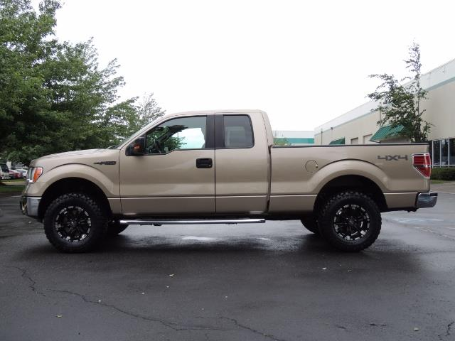 2012 Ford F-150 XLT / 4X4 / 3.7L V6 / LIFTED LIFTED - Photo 3 - Portland, OR 97217