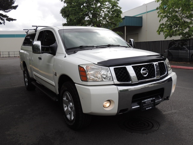 2004 nissan titan le xtra cab 4 dr 4wd leather 1 owner. Black Bedroom Furniture Sets. Home Design Ideas