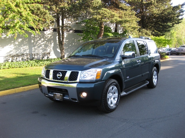 2005 nissan armada le 4wd leather dvd 3rd seat mint. Black Bedroom Furniture Sets. Home Design Ideas