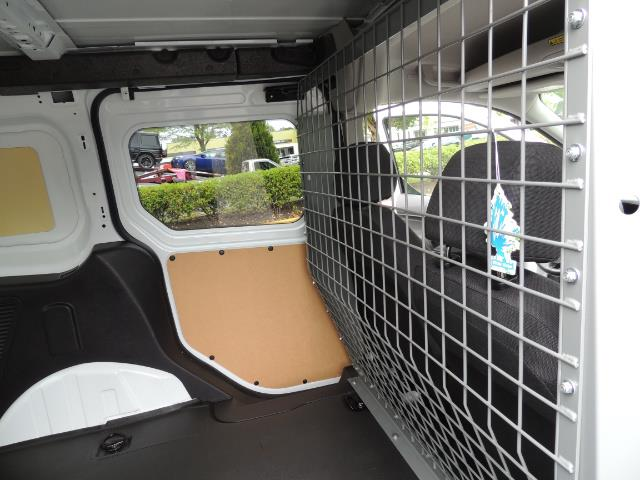 2016 Ford Transit Connect Cargo XLT / 4-Door / 1-Owner / Excel Cond - Photo 28 - Portland, OR 97217