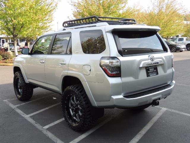 2016 Toyota 4Runner SR5 SPORT SUV 4WD V6 / 3RD SEATS REAR CAM / LIFTED - Photo 7 - Portland, OR 97217