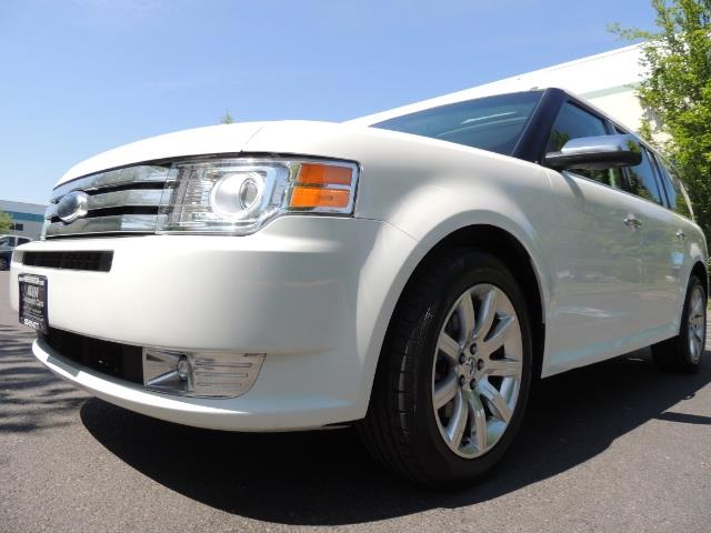 2010 Ford Flex Limited / AWD / Third Seat / Navigation / Leather - Photo 9 - Portland, OR 97217