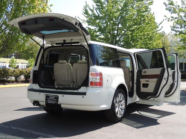 2010 Ford Flex Limited / AWD / Third Seat / Navigation / Leather - Photo 29 - Portland, OR 97217