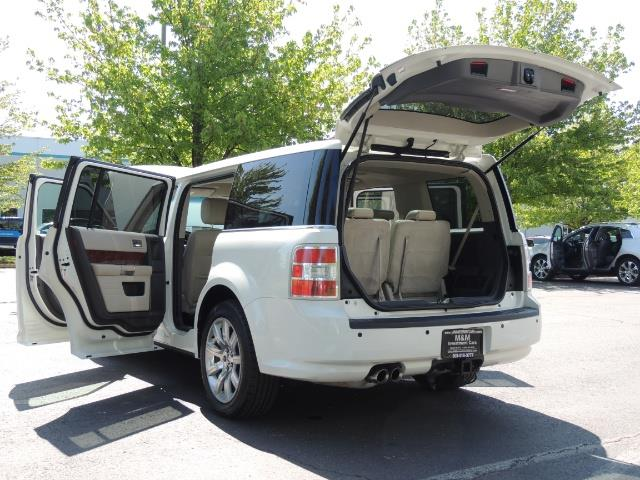 2010 Ford Flex Limited / AWD / Third Seat / Navigation / Leather - Photo 27 - Portland, OR 97217