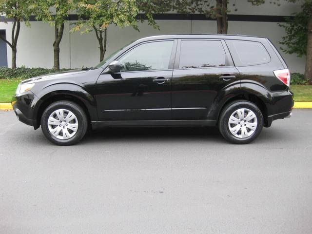 2009 subaru forester 2 5 x awd auto 1 owner new tires. Black Bedroom Furniture Sets. Home Design Ideas