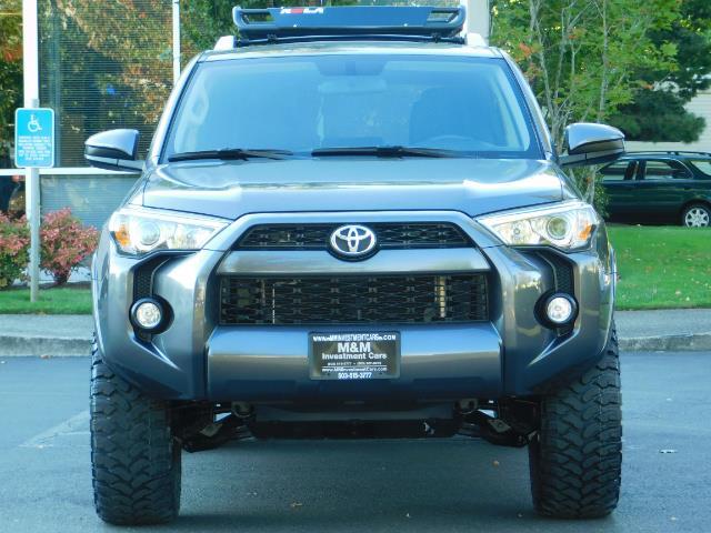2016 Toyota 4Runner SR5 / 4WD / Navi / Backup Camera/ LIFTED LIFTED - Photo 5 - Portland, OR 97217