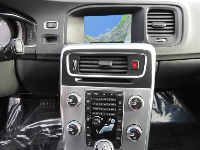 2017 Volvo V60 T5 Premier/ Leather / Heated Seats / Navigation - Photo 20 - Portland, OR 97217