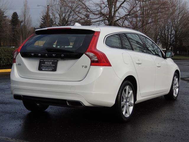 2017 Volvo V60 T5 Premier/ Leather / Heated Seats / Navigation - Photo 8 - Portland, OR 97217