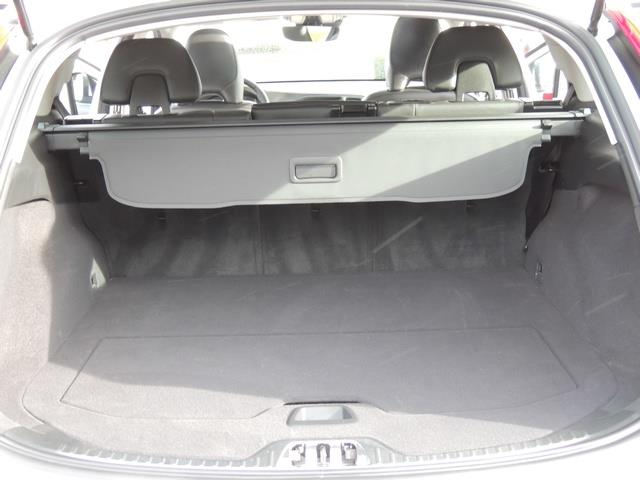 2017 Volvo V60 T5 Premier/ Leather / Heated Seats / Navigation - Photo 19 - Portland, OR 97217