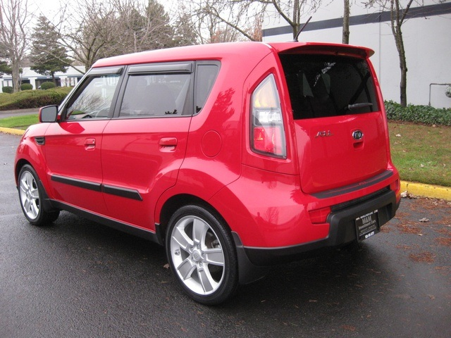 2010 kia soul soul sport edition moonroof auto warranty. Black Bedroom Furniture Sets. Home Design Ideas