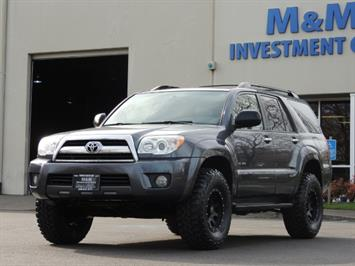 2008 Toyota 4Runner SR5 / 4WD / 6Cyl / LIFTED SUV