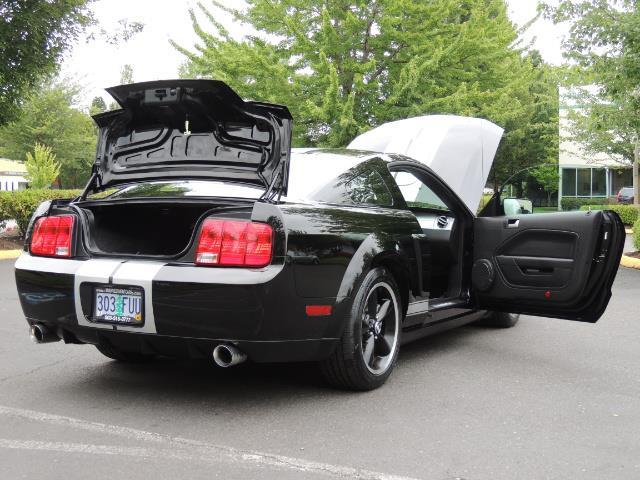 2007 Ford Mustang GT Premium / 5-SPEED / SHELBY PKG / 38K MILES - Photo 31 - Portland, OR 97217