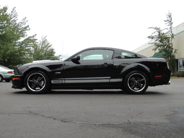 2007 Ford Mustang GT Premium / 5-SPEED / SHELBY PKG / 38K MILES - Photo 3 - Portland, OR 97217