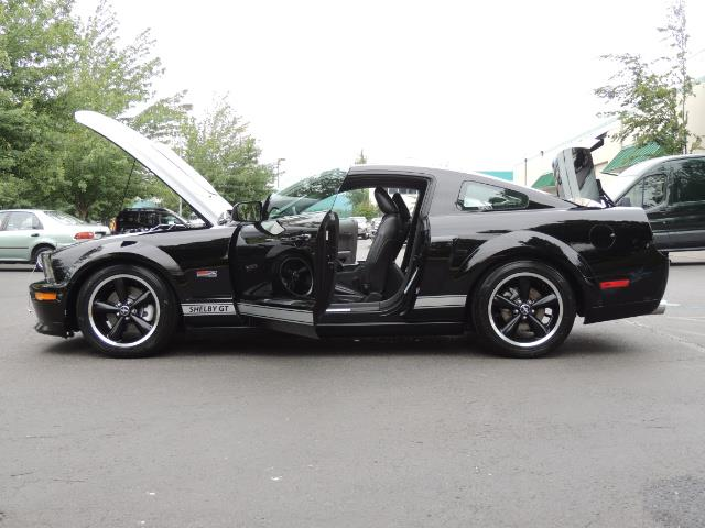 2007 Ford Mustang GT Premium / 5-SPEED / SHELBY PKG / 38K MILES - Photo 27 - Portland, OR 97217
